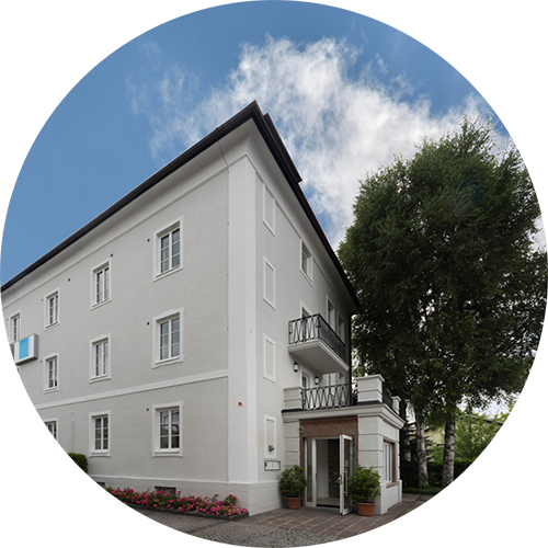 Info/Contact to our holiday-/familiy-apartments in Salzburg